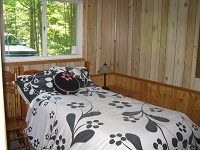 Buck Lake Cottage Rental #12-12 ~ Bedroom with Queen Bed