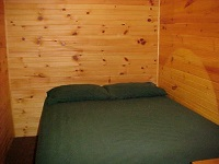 three mile lake cottage rental 22~lower level bedroom